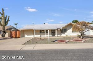 10726 W CROSBY Drive, Sun City, AZ 85351