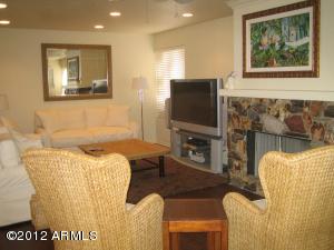 7116 E 1ST Avenue, 201, Scottsdale, AZ 85251