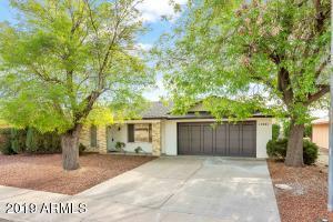 17221 N LIME ROCK Drive, Sun City, AZ 85373