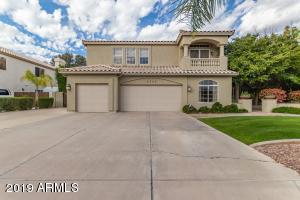 5 bedroom home with 3 car garage and more!