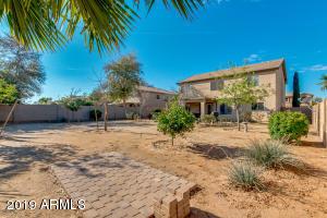 31535 N BLACKFOOT Drive, San Tan Valley, AZ 85143