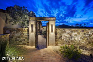 8217 E MONTELLO Road, Scottsdale, AZ 85266