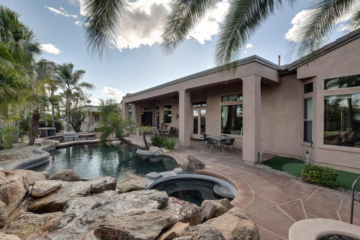 20903 N BARBERRY Lane, Surprise, Arizona