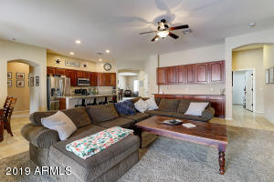 2428 W ANDREA Drive, Phoenix, AZ 85085