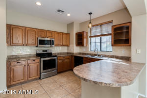 2410 W JAKE Haven, Phoenix, AZ 85085