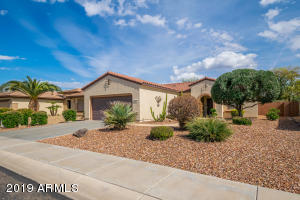 18461 N SUMMERBREEZE Way, Surprise, AZ 85374