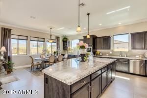 4317 S BINARY Circle, Mesa, AZ 85212