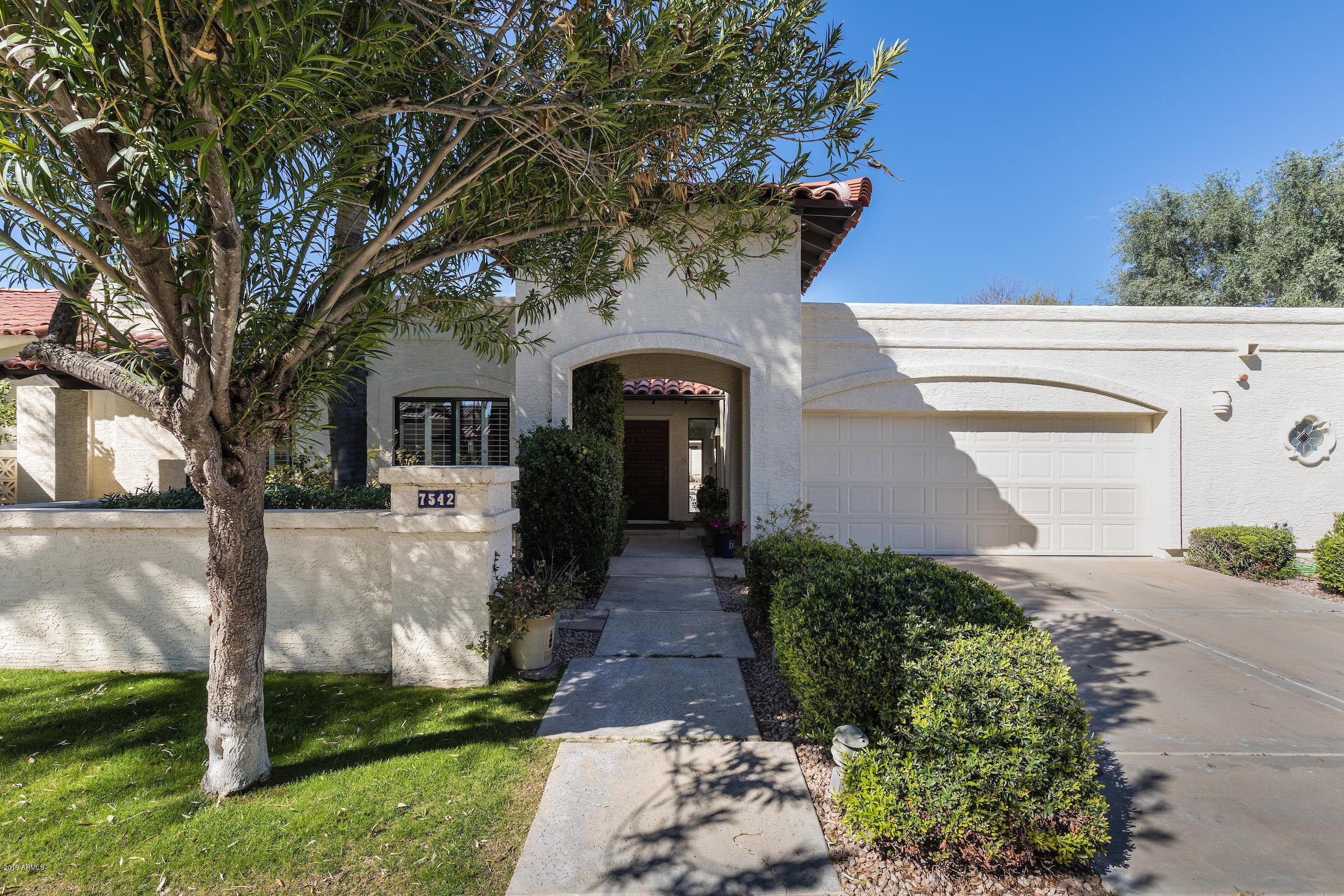 Photo of 7542 E CLINTON Street, Scottsdale, AZ 85260