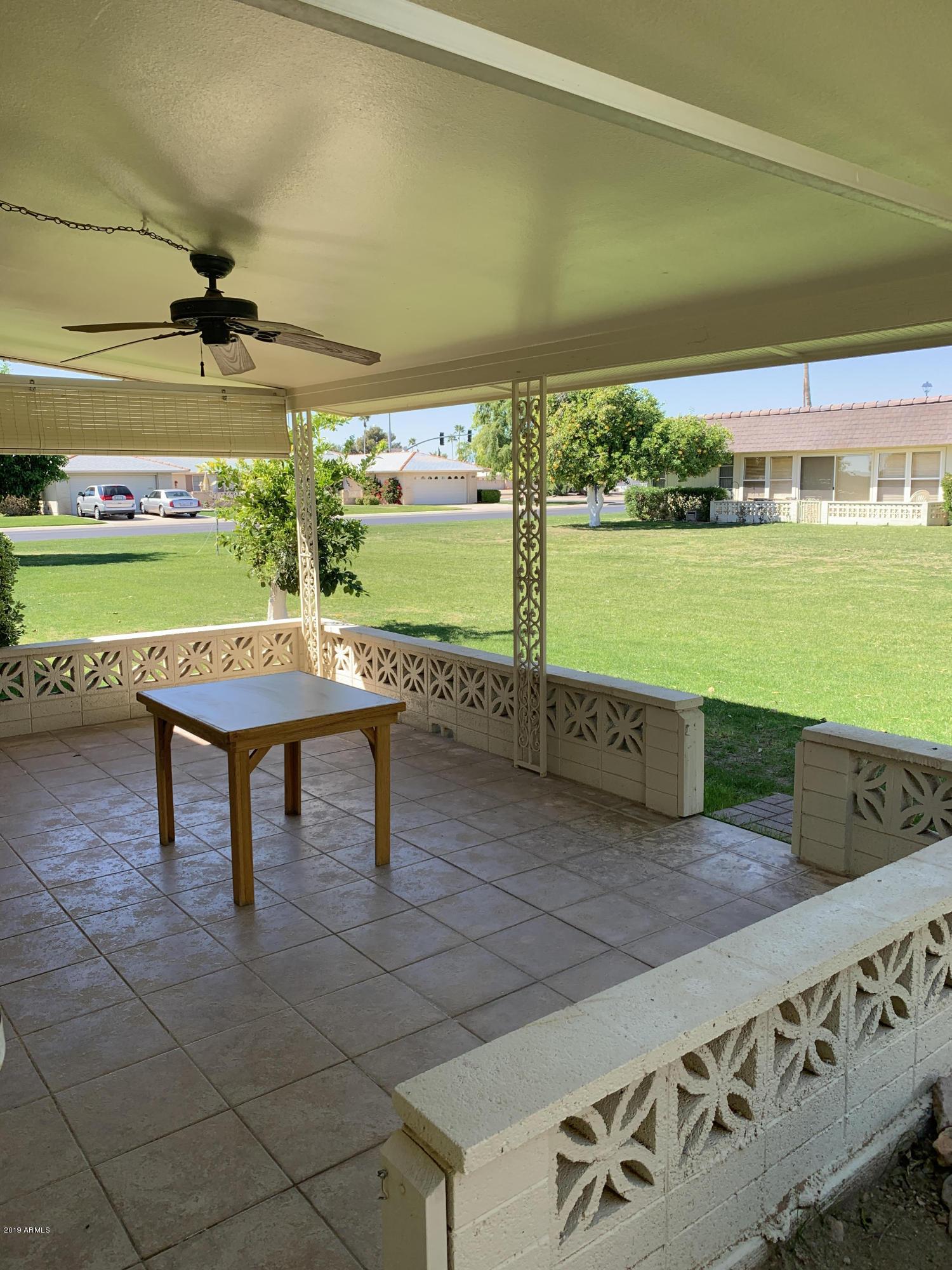 Photo of 9818 W OAK RIDGE Drive, Sun City, AZ 85351