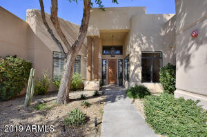 8060 E KALIL Drive, Scottsdale, AZ 85260