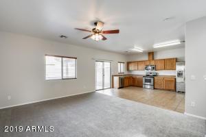 7054 W MERCER Lane, Peoria, AZ 85345