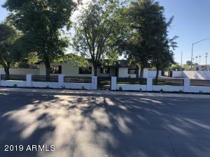 414 S 31ST Street, Mesa, AZ 85204