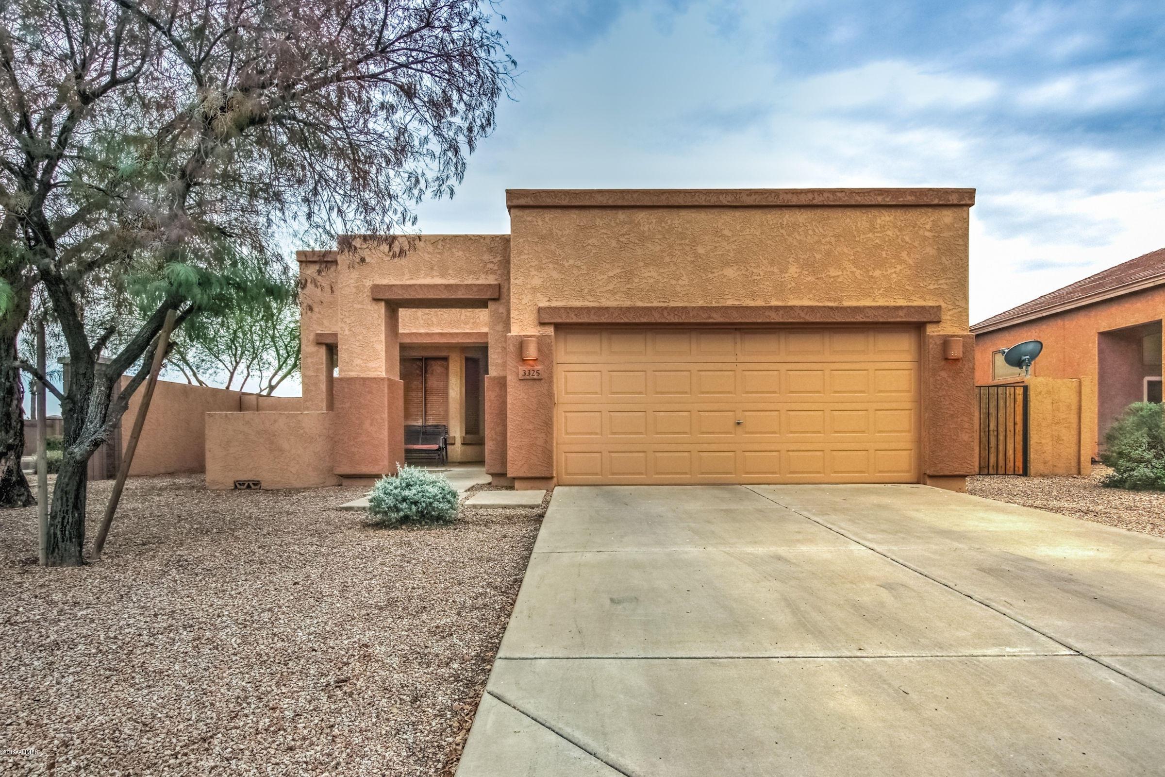 Photo of 3325 E HAMPTON Lane, Gilbert, AZ 85295