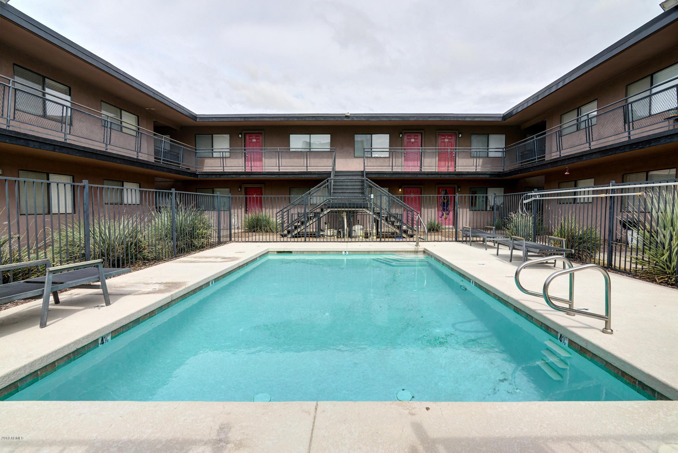 Photo of 310 W EARLL Drive #108, Phoenix, AZ 85013
