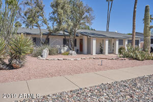 3724 E GARDEN Drive, Phoenix, AZ 85028