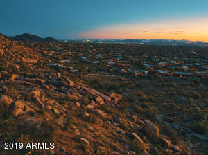 Lot 17 sits between boulders and Southern Property Boundary (Desert Highlands)