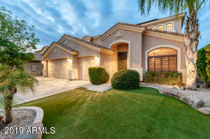 13516 W ALVARADO Drive, Goodyear, AZ 85395