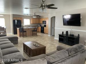 39215 N KELLEY Circle, San Tan Valley, AZ 85140