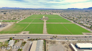 Property for sale at 22651 S Gilbert Road, Chandler,  Arizona 85249