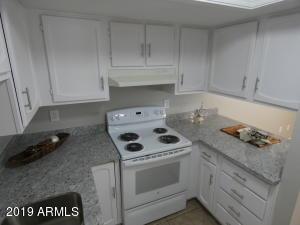 4430 W PALMAIRE Avenue, Glendale, AZ 85301