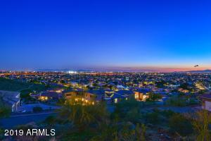 5142 W Arrowhead Lakes Drive, Glendale, AZ 85308