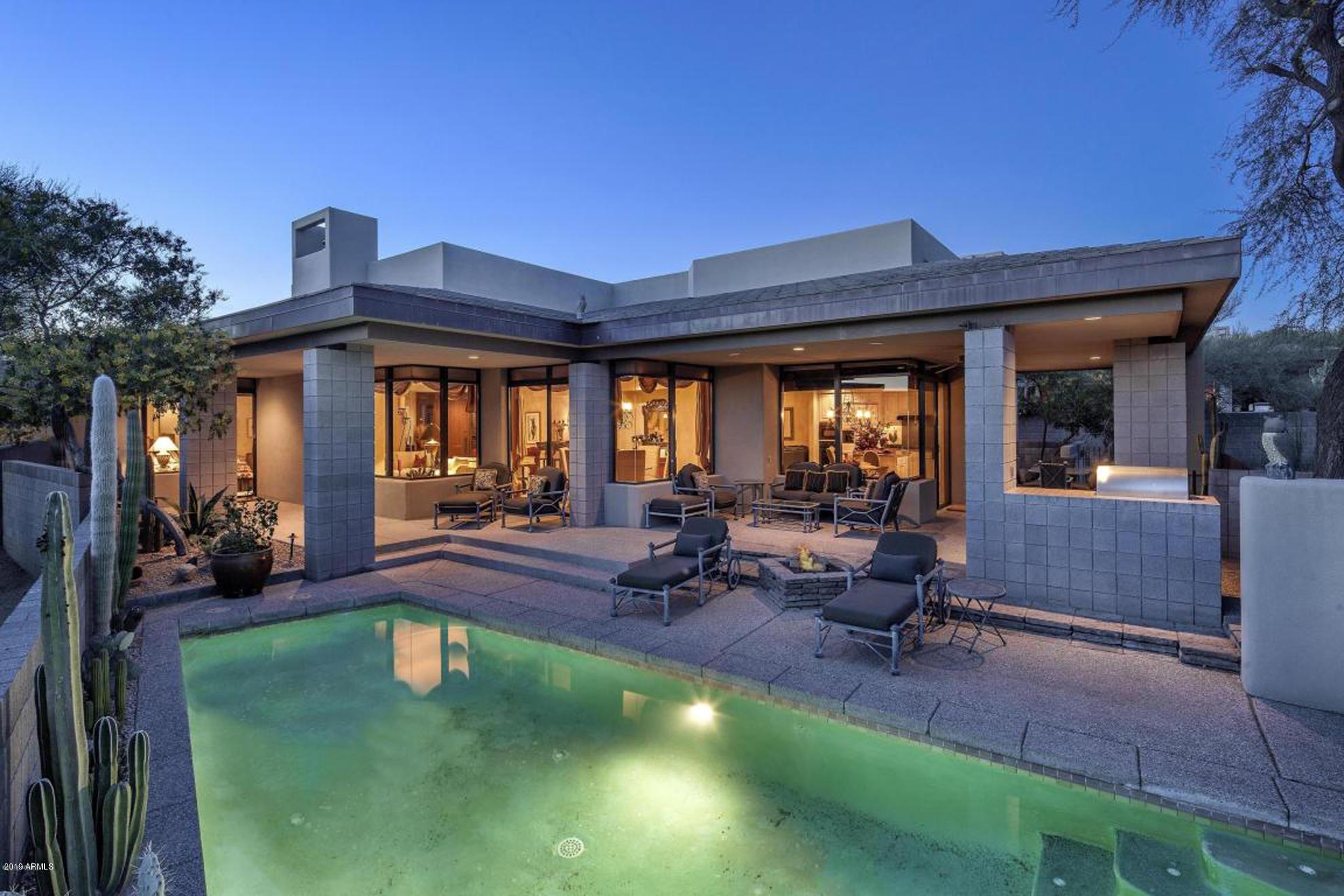 Photo of 10663 E FERNWOOD Lane, Scottsdale, AZ 85262