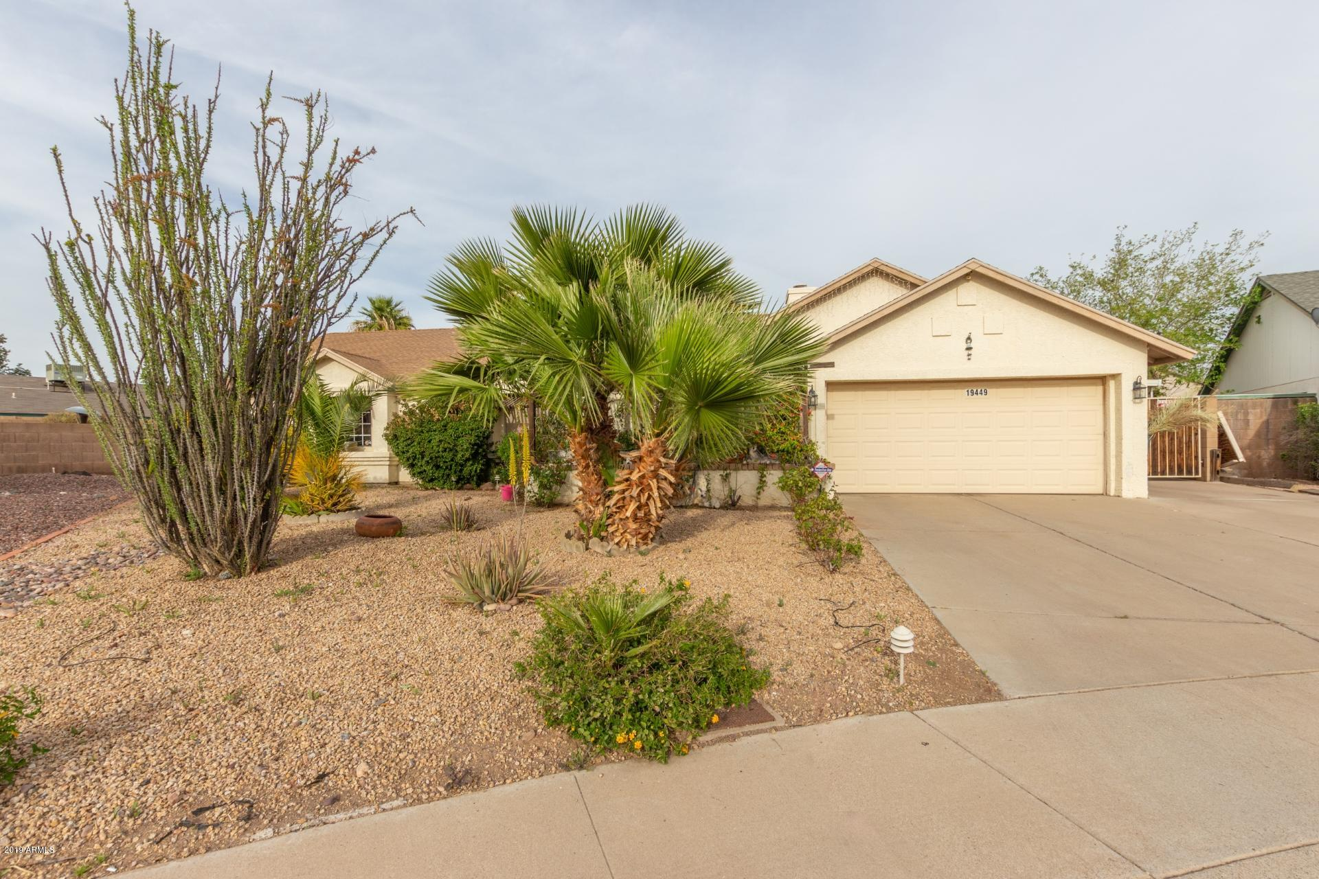 19449 N 8TH Avenue, Deer Valley, Arizona