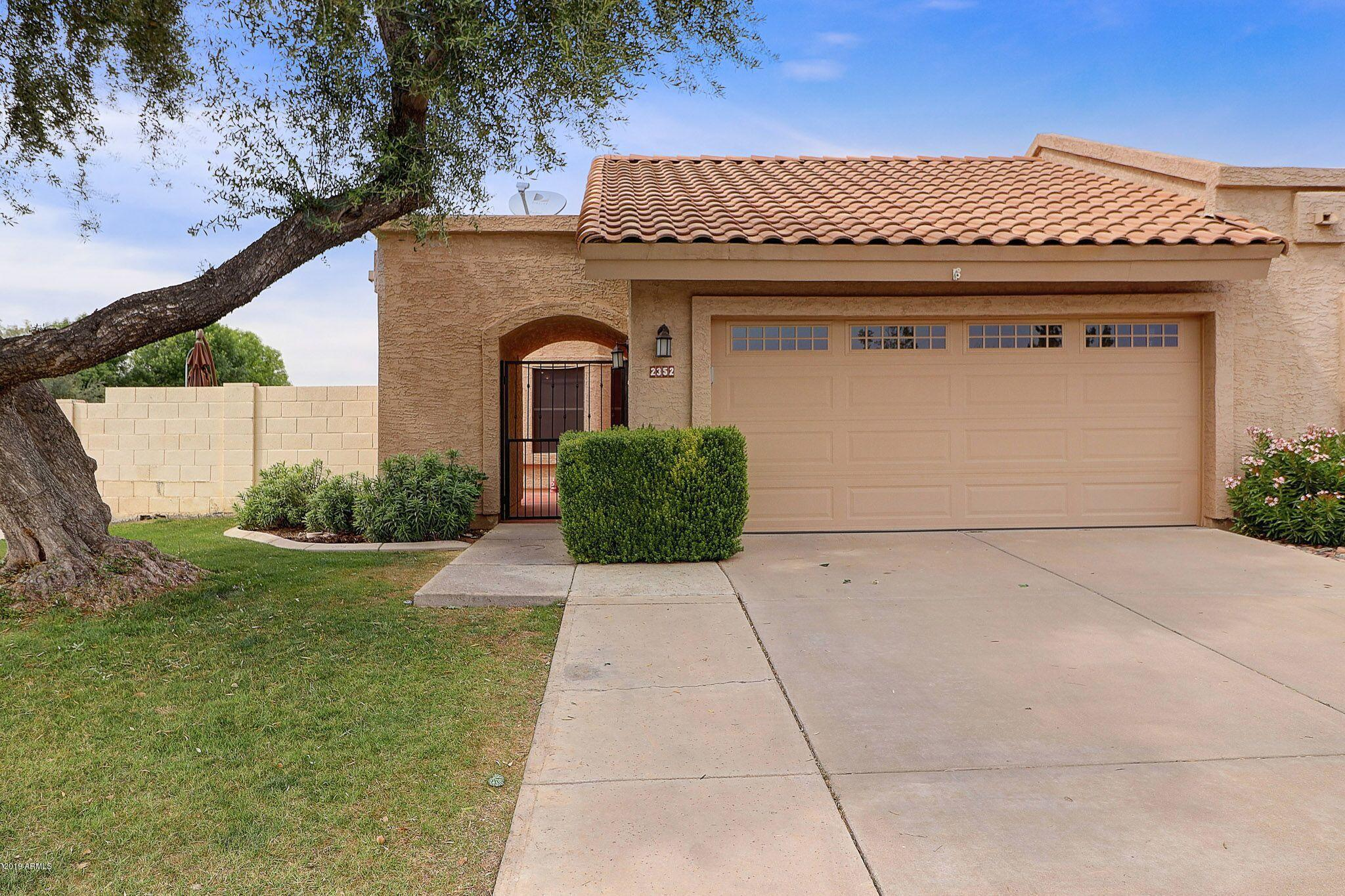Photo of 2352 W MISSION Drive, Chandler, AZ 85224