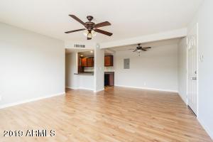 424 W BROWN Road, 241, Mesa, AZ 85201