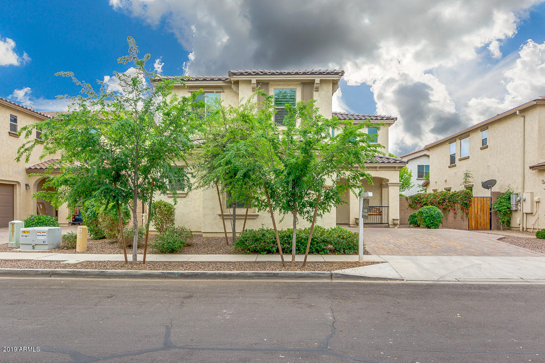 Photo of 2951 E MEGAN Street, Gilbert, AZ 85295