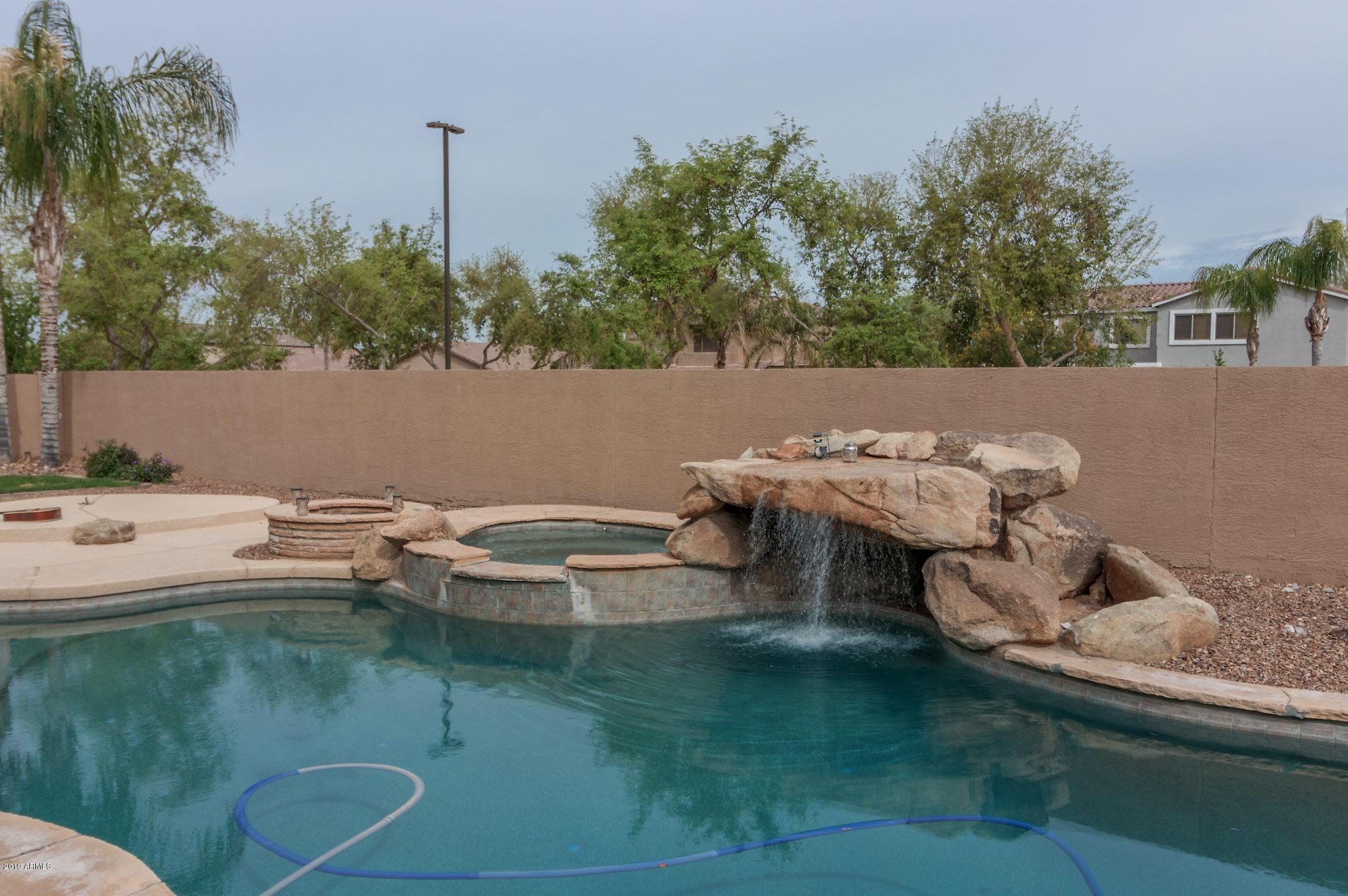 Photo of 4354 E REINS Road, Gilbert, AZ 85297