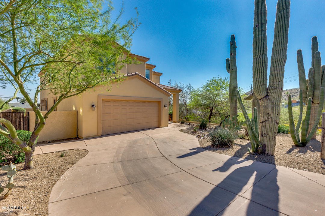 13 E FOOTHILL Drive, North Mountain-Phoenix, Arizona