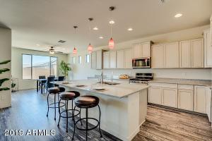 44622 N 41st Drive, Phoenix, AZ 85087