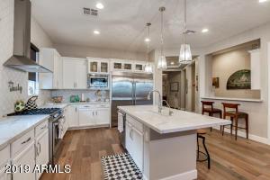 3853 E CRITTENDEN Lane, Phoenix, AZ 85018