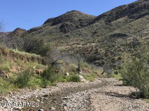 600 W Moores Gulch Road, -, New River, AZ 85087