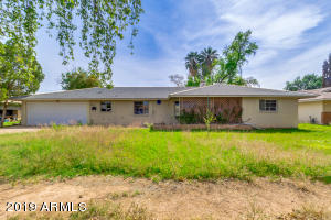 705 N VINEYARD Street, Mesa, AZ 85201