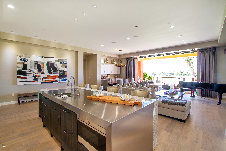Photo of 2 BILTMORE Estate #101, Phoenix, AZ 85016