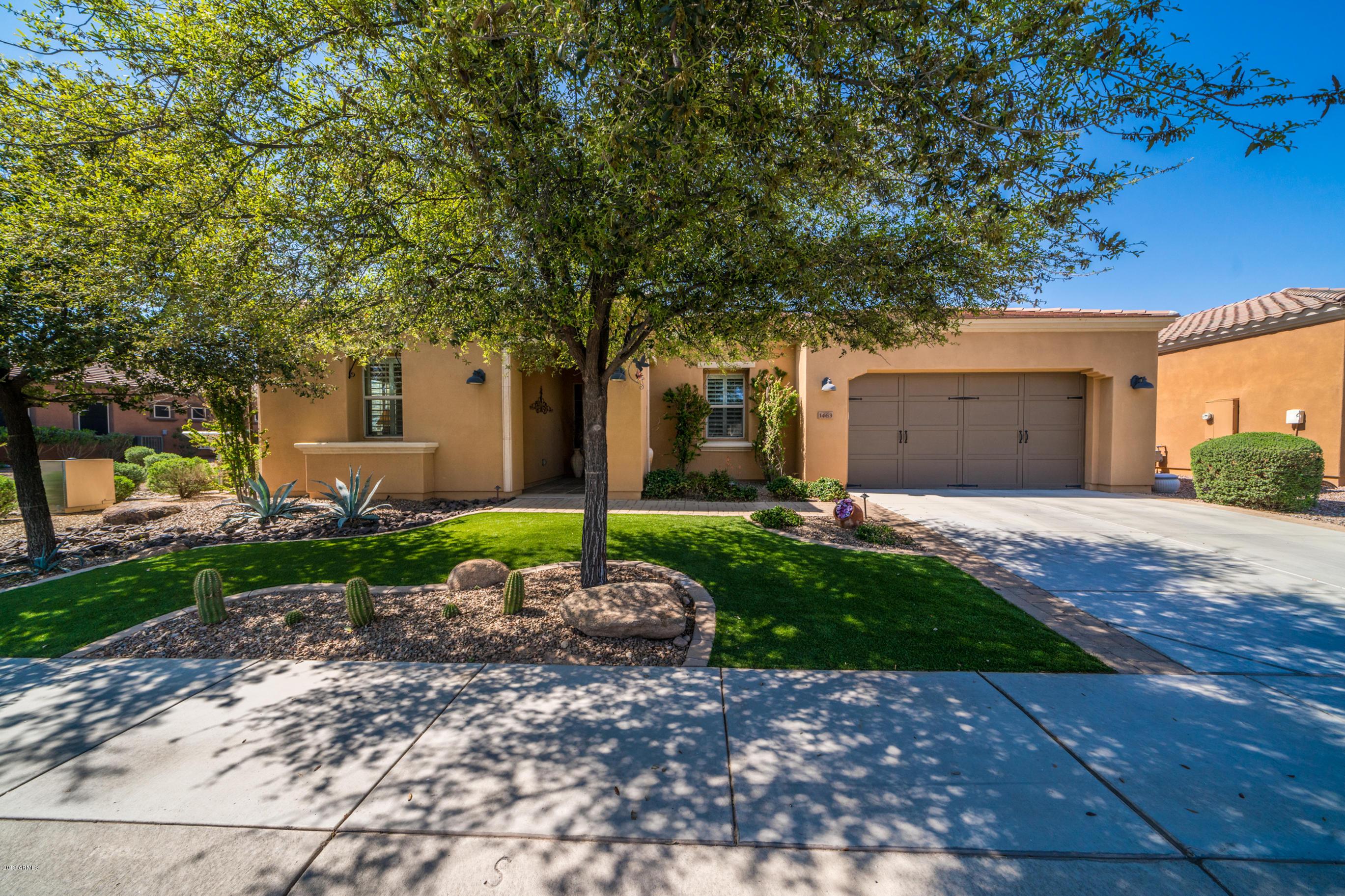 Photo of 1463 E SWEET CITRUS Drive, San Tan Valley, AZ 85140