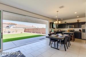 834 E BEVERLY Road, Phoenix, AZ 85042