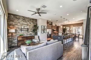 1717 E MORTEN Avenue, 18, Phoenix, AZ 85020