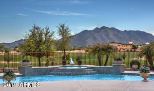 4053 E MEADOWVIEW Drive, Gilbert, AZ 85298