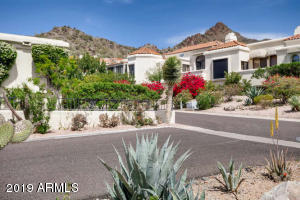 Nestled in the Phoenix Mountain Preserves, minutes from the Airport. Views from front BBQ patio & Kitchen.
