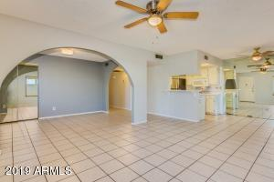 13417 N 8th Street, Phoenix, AZ 85022