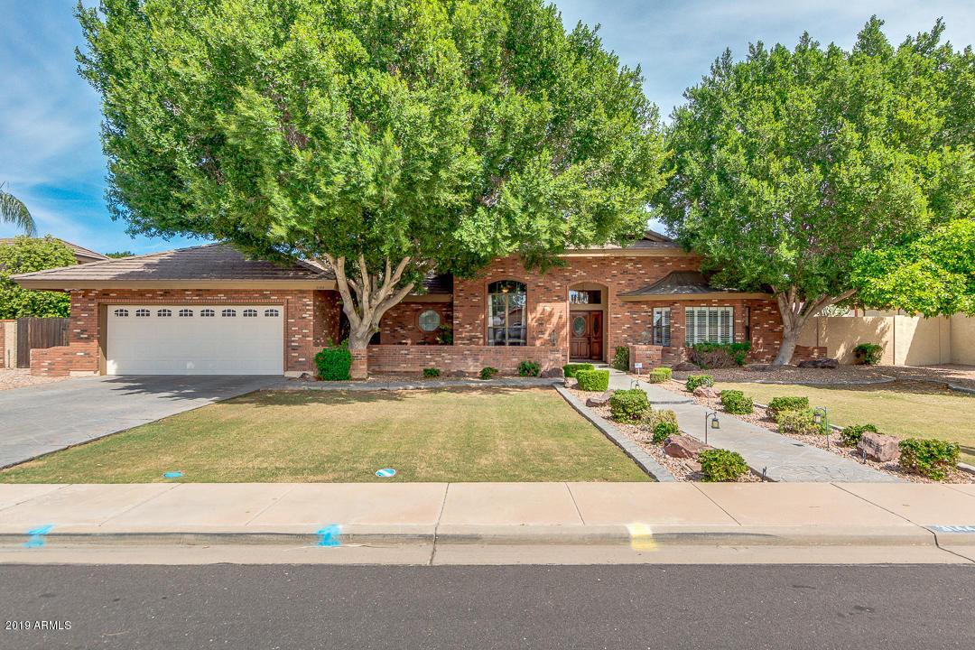 Photo of 3144 E ENROSE Street, Mesa, AZ 85213