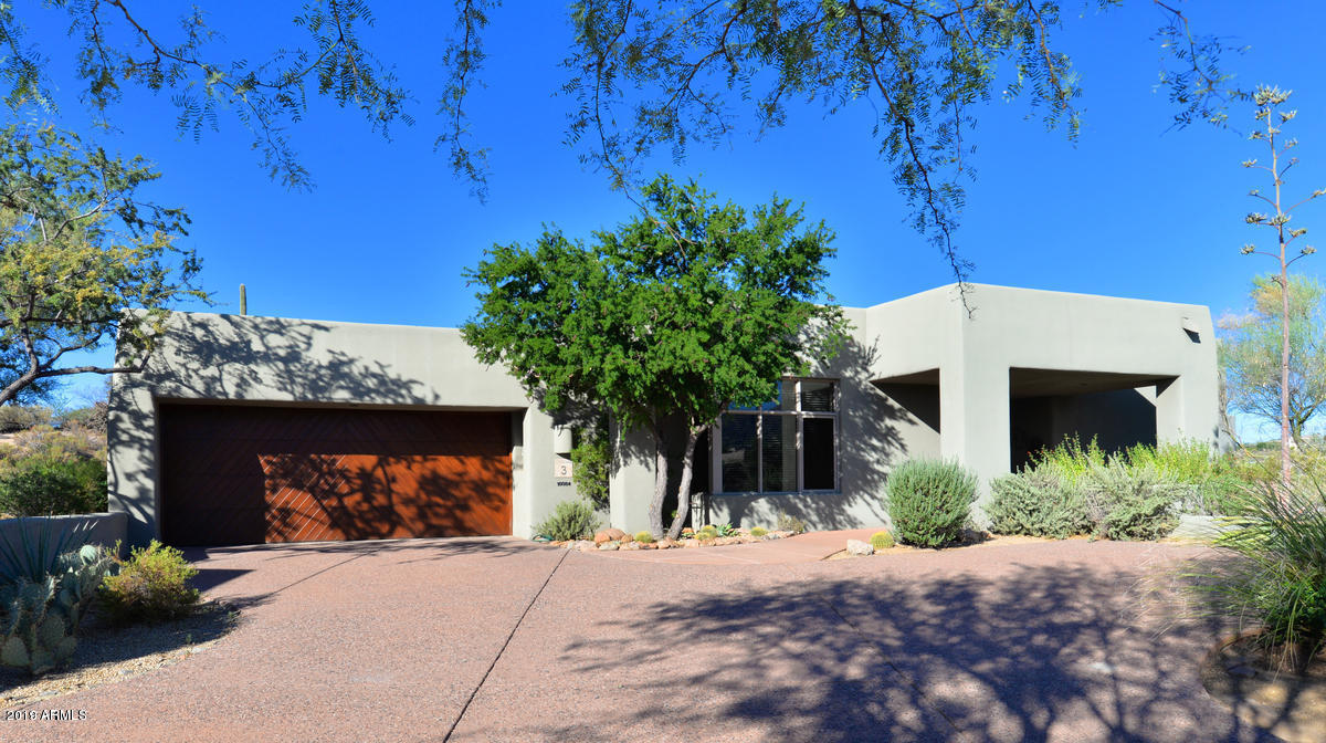 Photo of 10084 E GRAYTHORN Drive, Scottsdale, AZ 85262