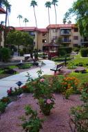 Beautiful grounds at El Dorado of Sun City