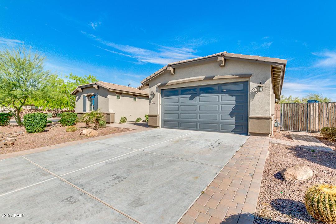 Photo of 2466 E ARIS Drive, Gilbert, AZ 85298