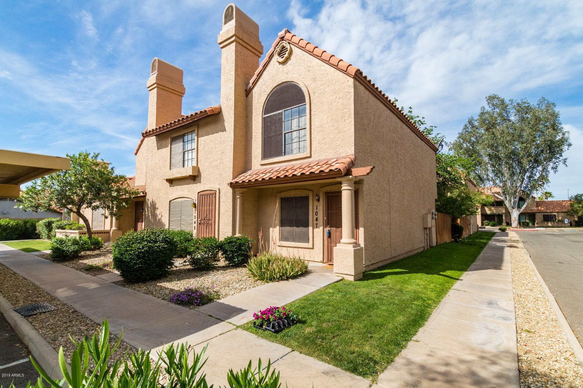 Photo of 4901 E KELTON Lane #1047, Scottsdale, AZ 85254