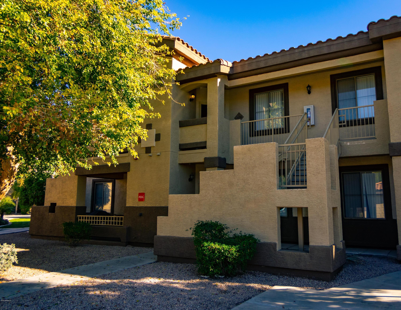 Photo of 10136 E SOUTHERN Avenue #1054, Mesa, AZ 85209