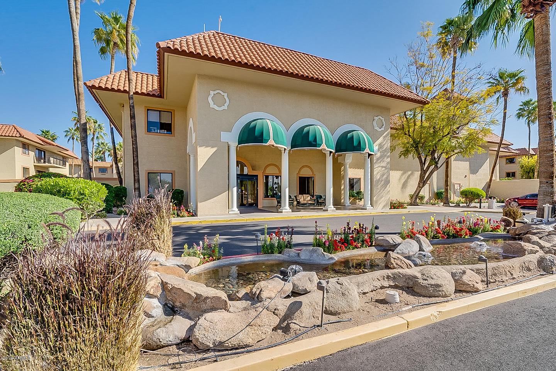 Photo of 10330 W THUNDERBIRD Boulevard #B113, Sun City, AZ 85351